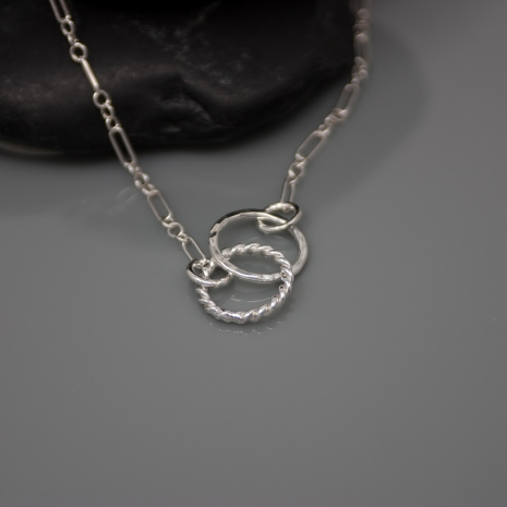 Unity Necklace - Entwined Circle Necklace